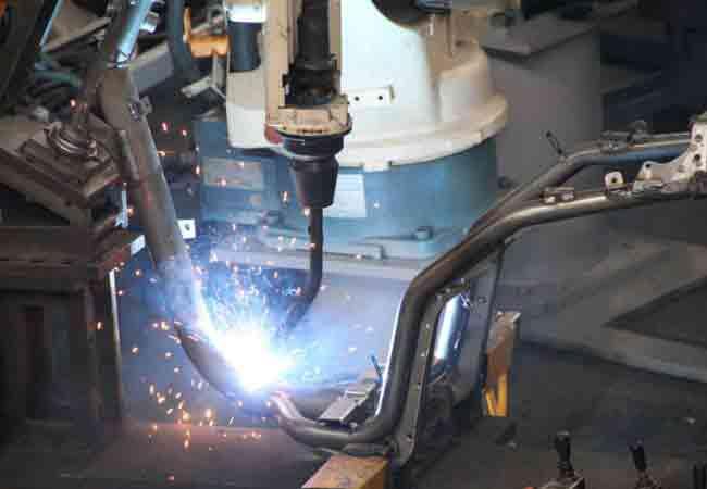 900x600機車車架焊接3-650x450