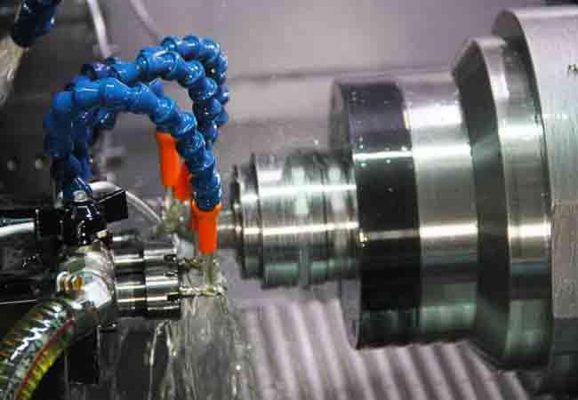 900x600_走心式CNC自動車床加工2-650x450